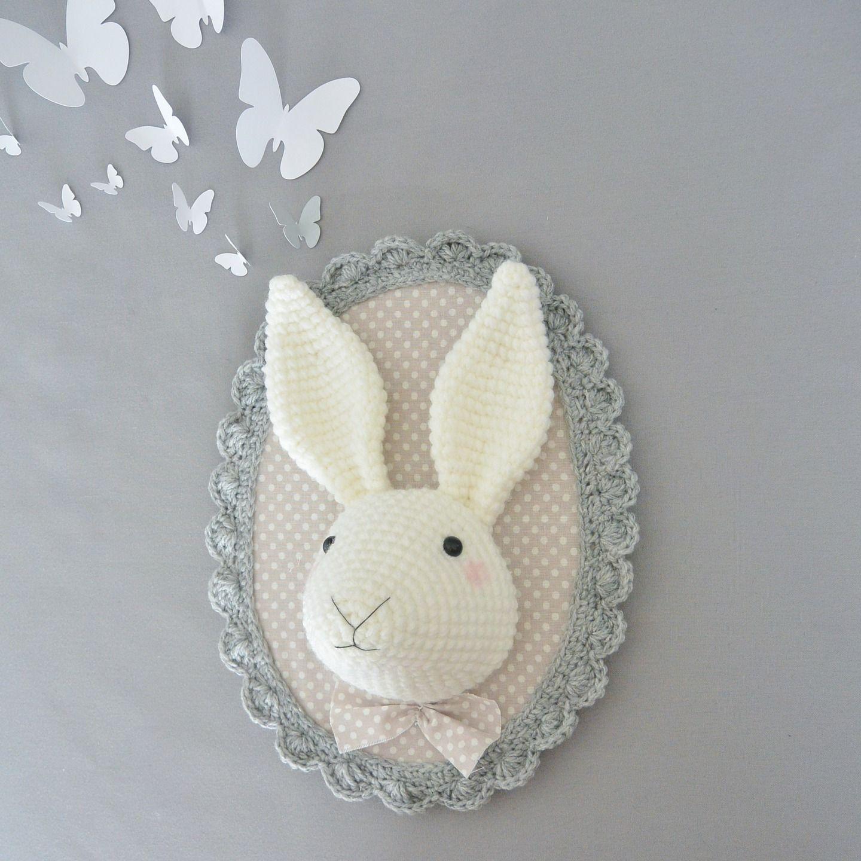 Trophée lapin gris/beige au crochet : Décorations murales par ligne-retro