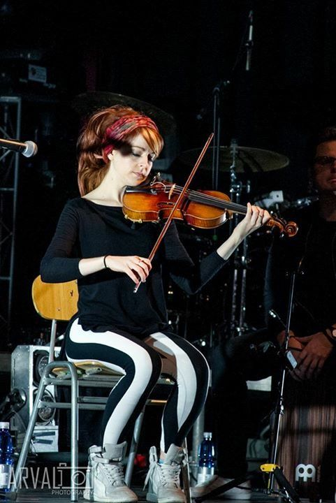 I love it now she looks so into playing her violin