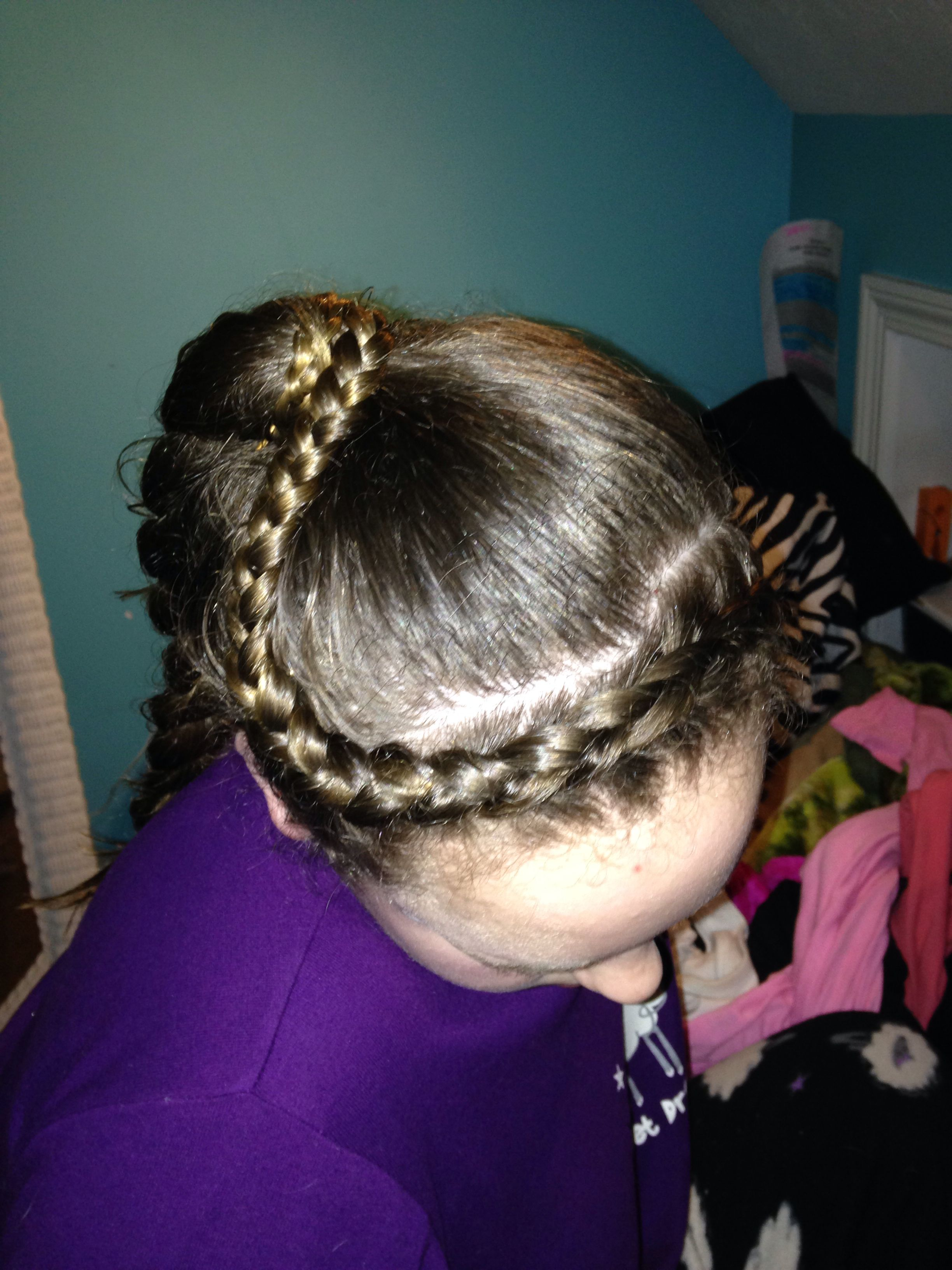 Dutch crown braid into a ponytailsuper quick and easy hair
