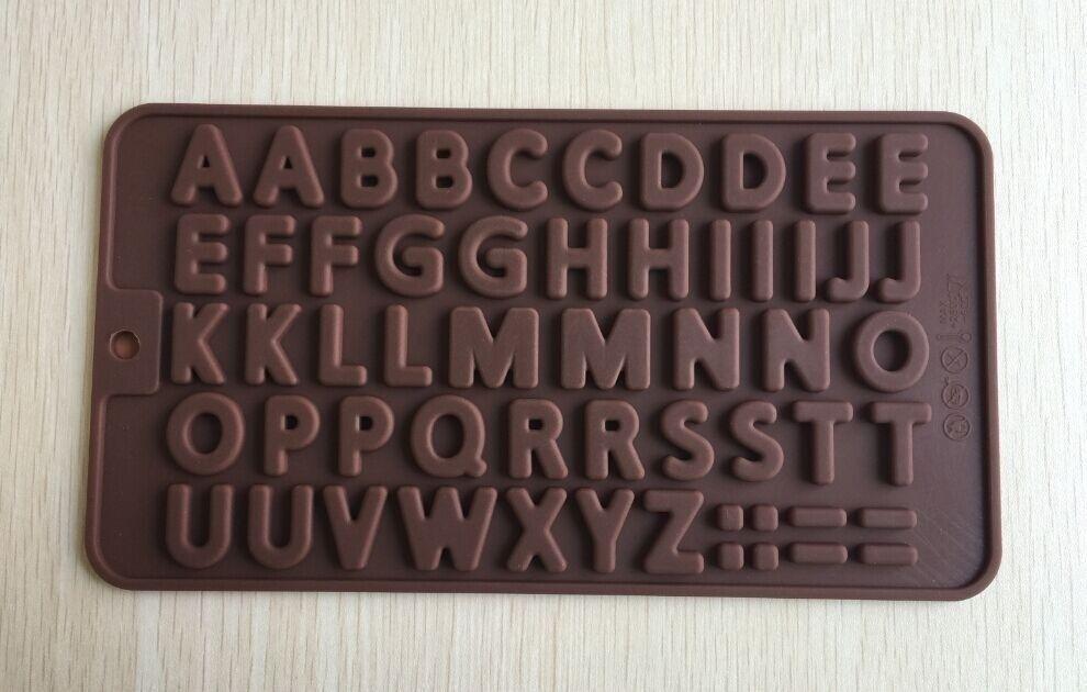 Veja nosso novo produto Molde de silicone letras alfabeto ! Se gostar, pode nos ajudar pinando-o em algum de seus painéis :)