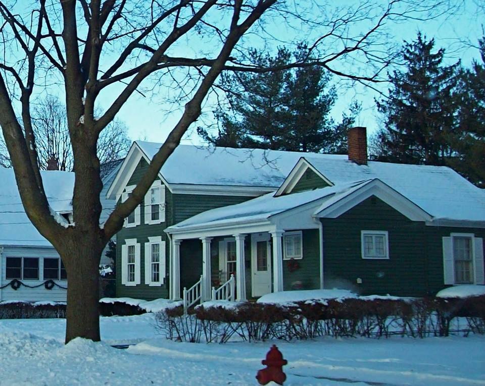 West Hurlbut House styles, Belvidere illinois