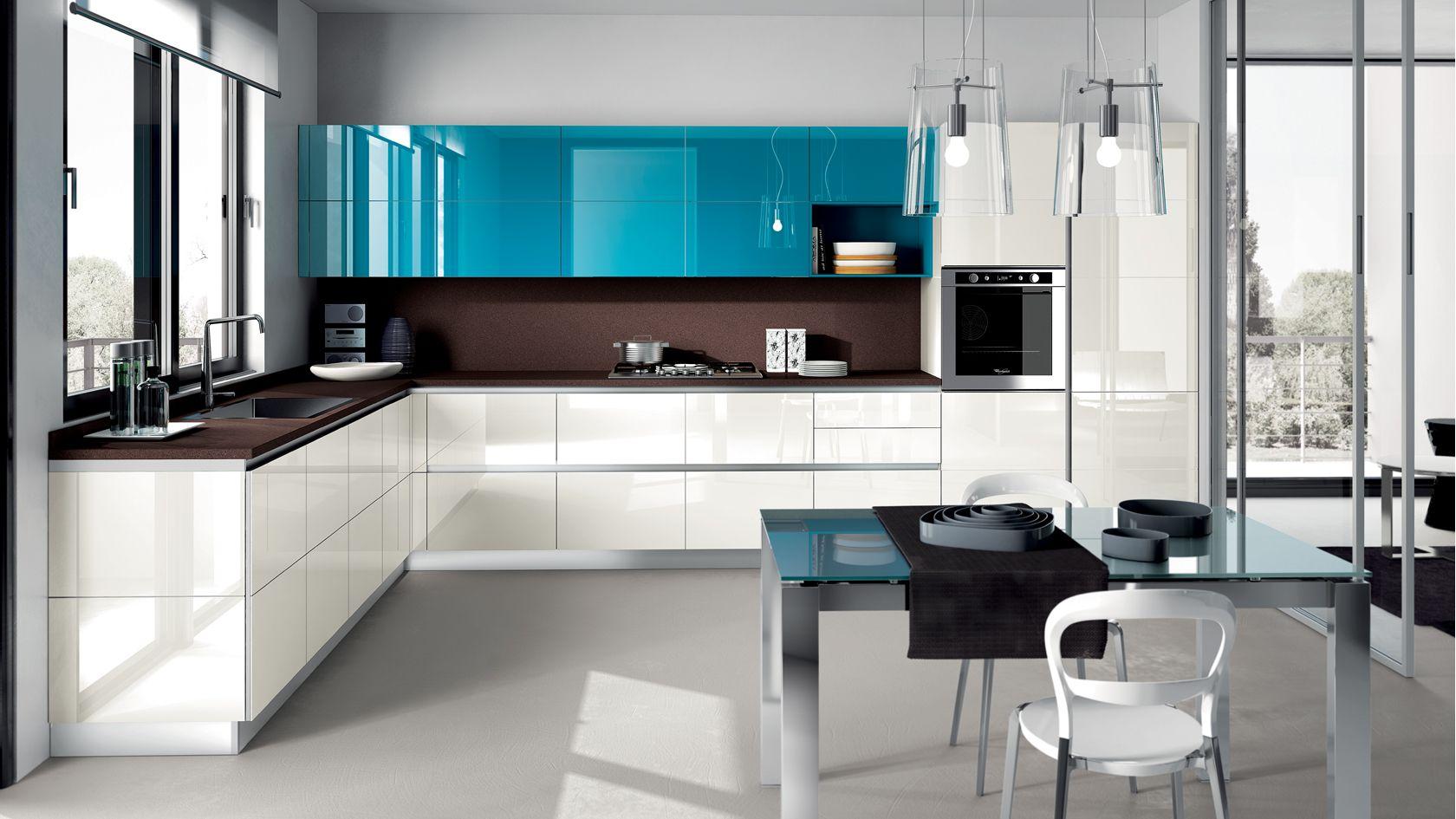 Cozinha planejada azul tiffany