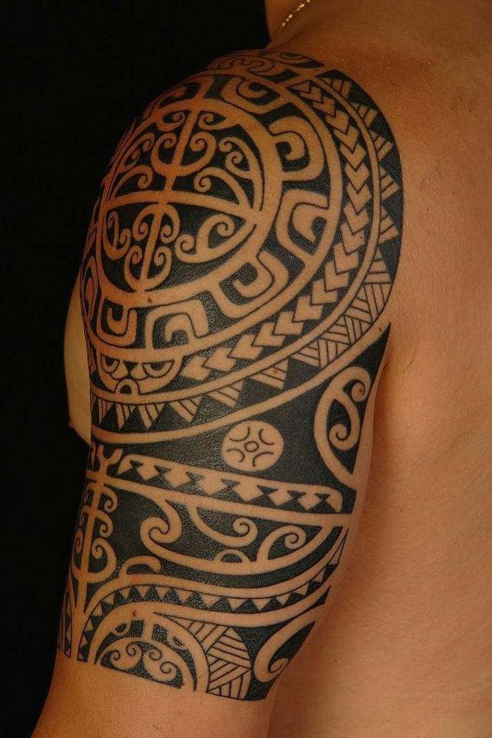 Tatuajes Maories Hombro Mujer tatuajes brazo maori tatuaje hombro brazo hombre punta lanza dientes