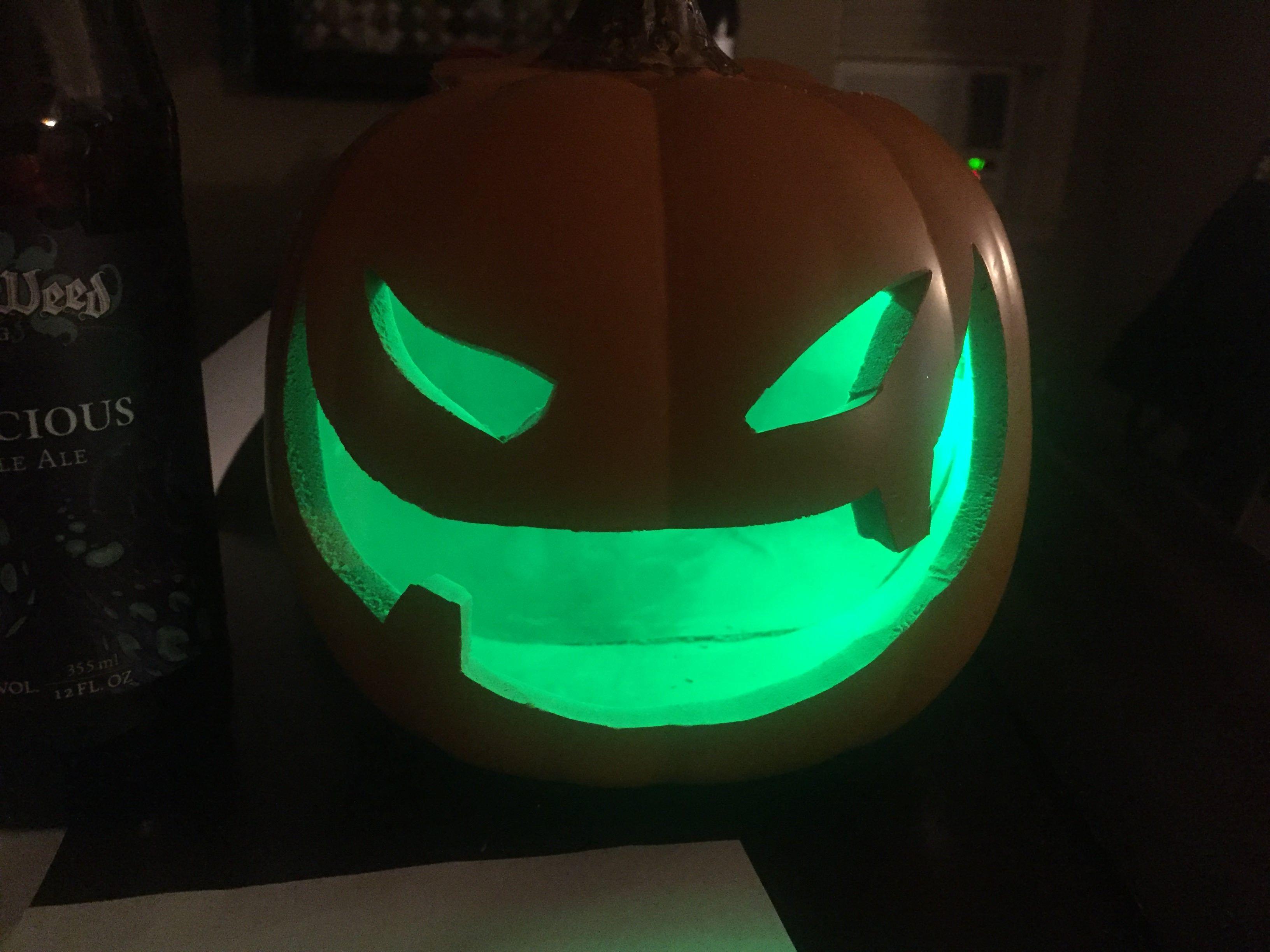 pumpkin template fortnite  Fortnite inspired craft pumpkin carving. in 6 | Pumpkin ...