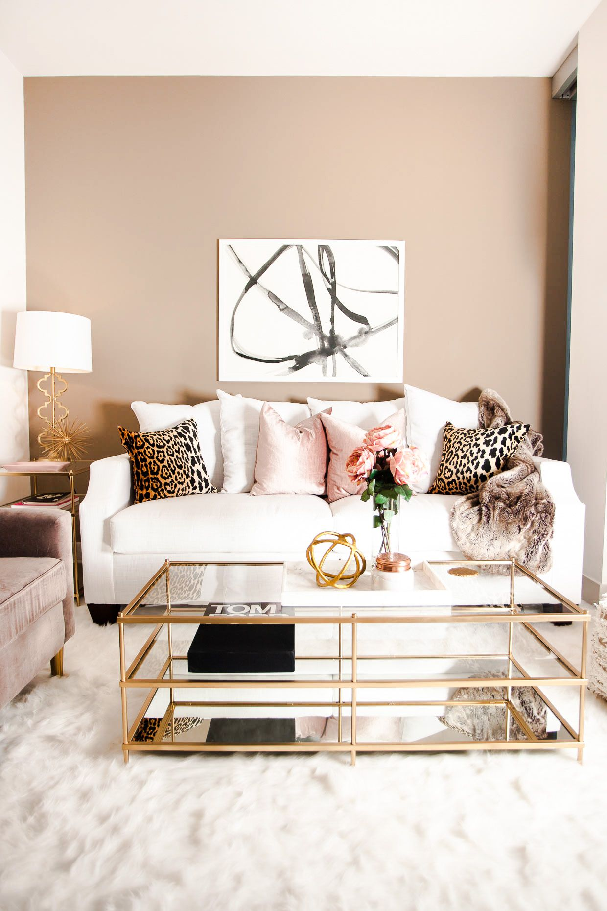 need wider couch, note artwork vs pillows | Interiors | Pinterest ...