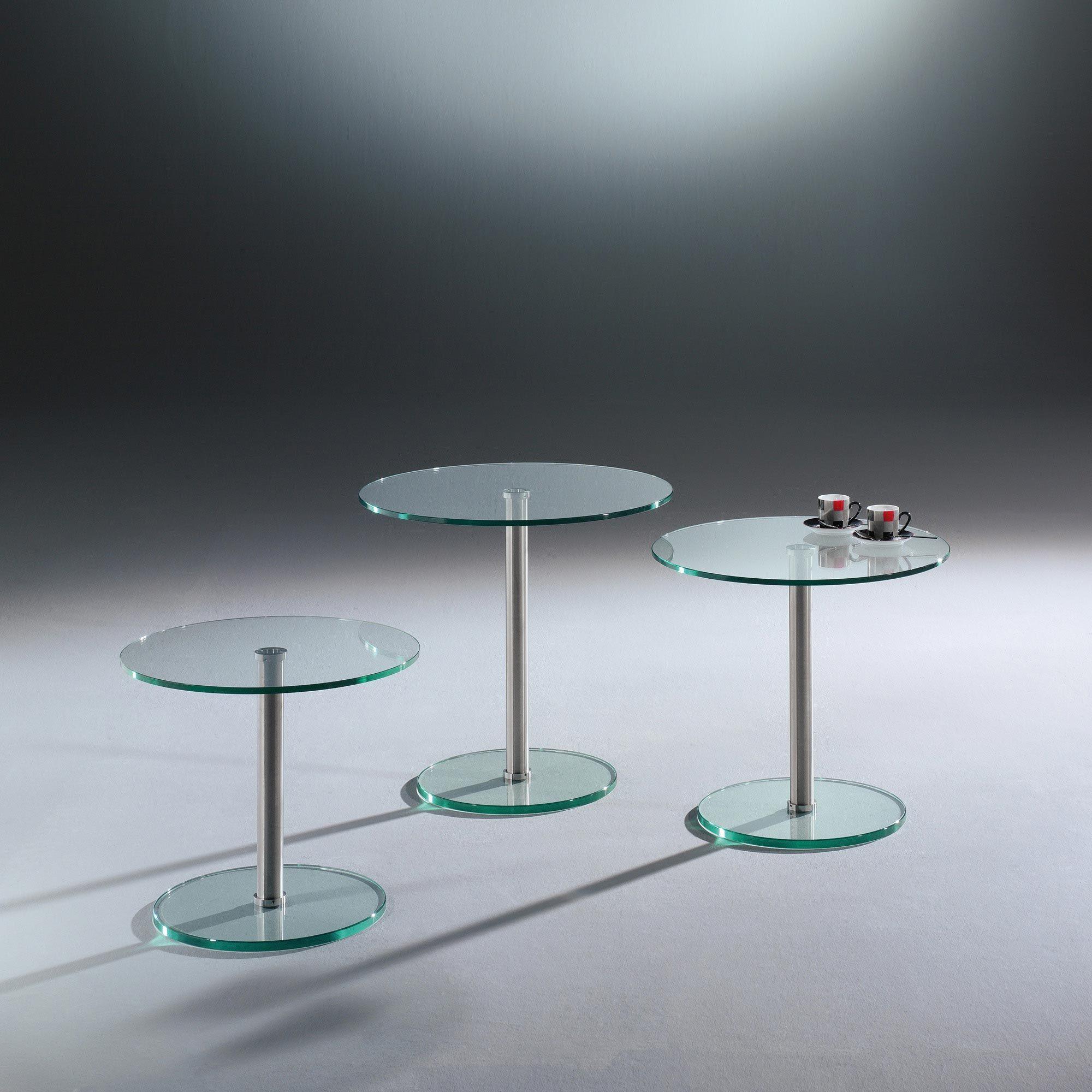 Die Beistelltische Der Serie Rondo Vereinen Form Und Funktion Die Zeitlose Klassisch Moderne Form In Der Edle In 2020 Beistelltisch Glas Beistelltische Beistelltisch