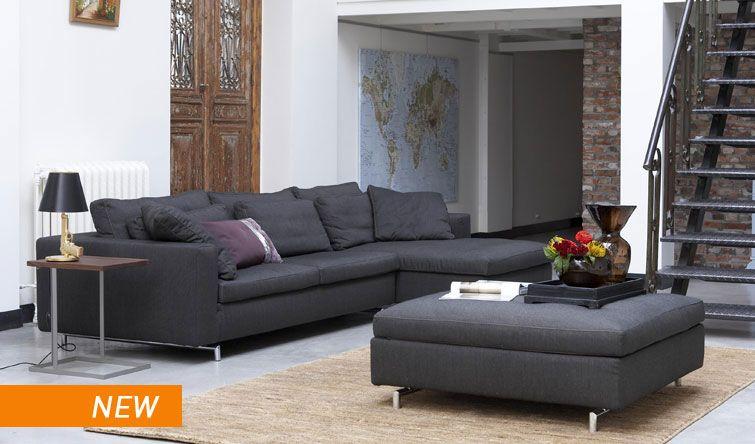 Danca design furniture leuk wereldkaart aan de muur trap ook erg
