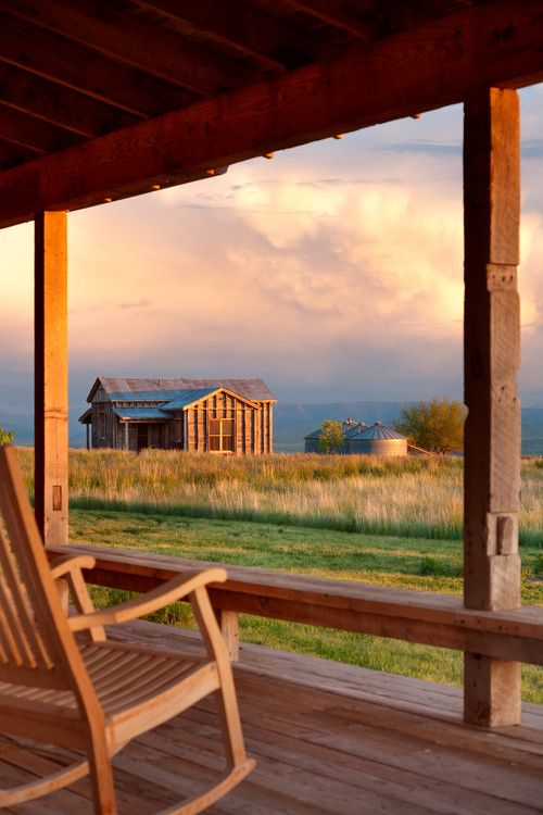 Montana Cabin in the Heart of Big Sky Country - Town & Country Living