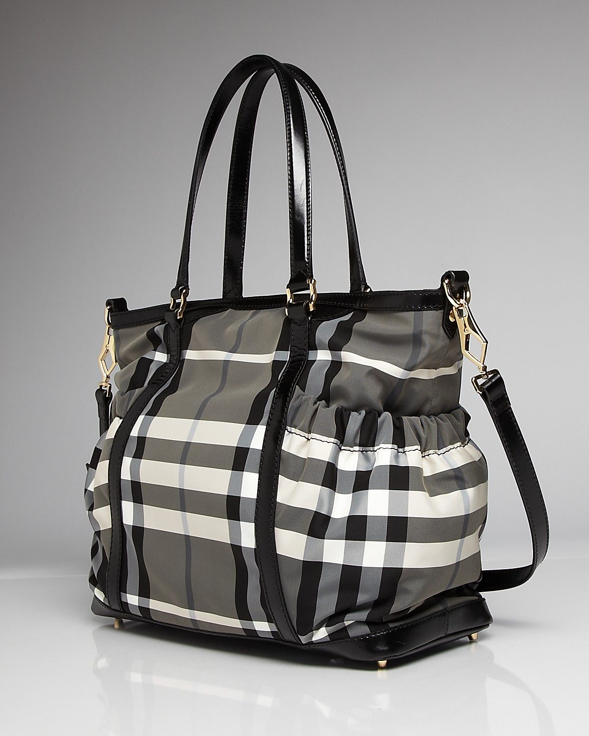 burberry beat check baby tote bag basically i like to use diaper bags as purses and travel. Black Bedroom Furniture Sets. Home Design Ideas