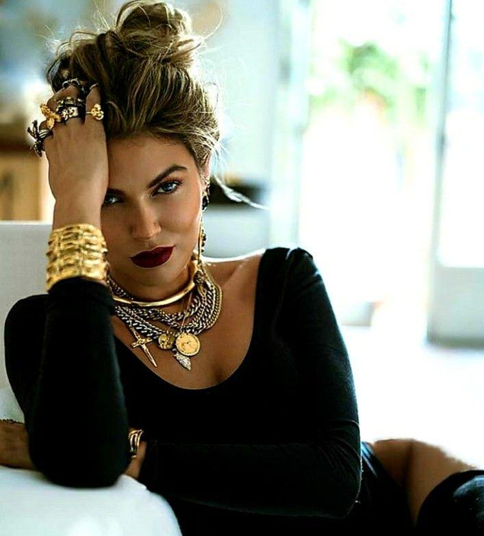 Beyoncé Letras - Timeline Photos   Beyonce style, Cowboy