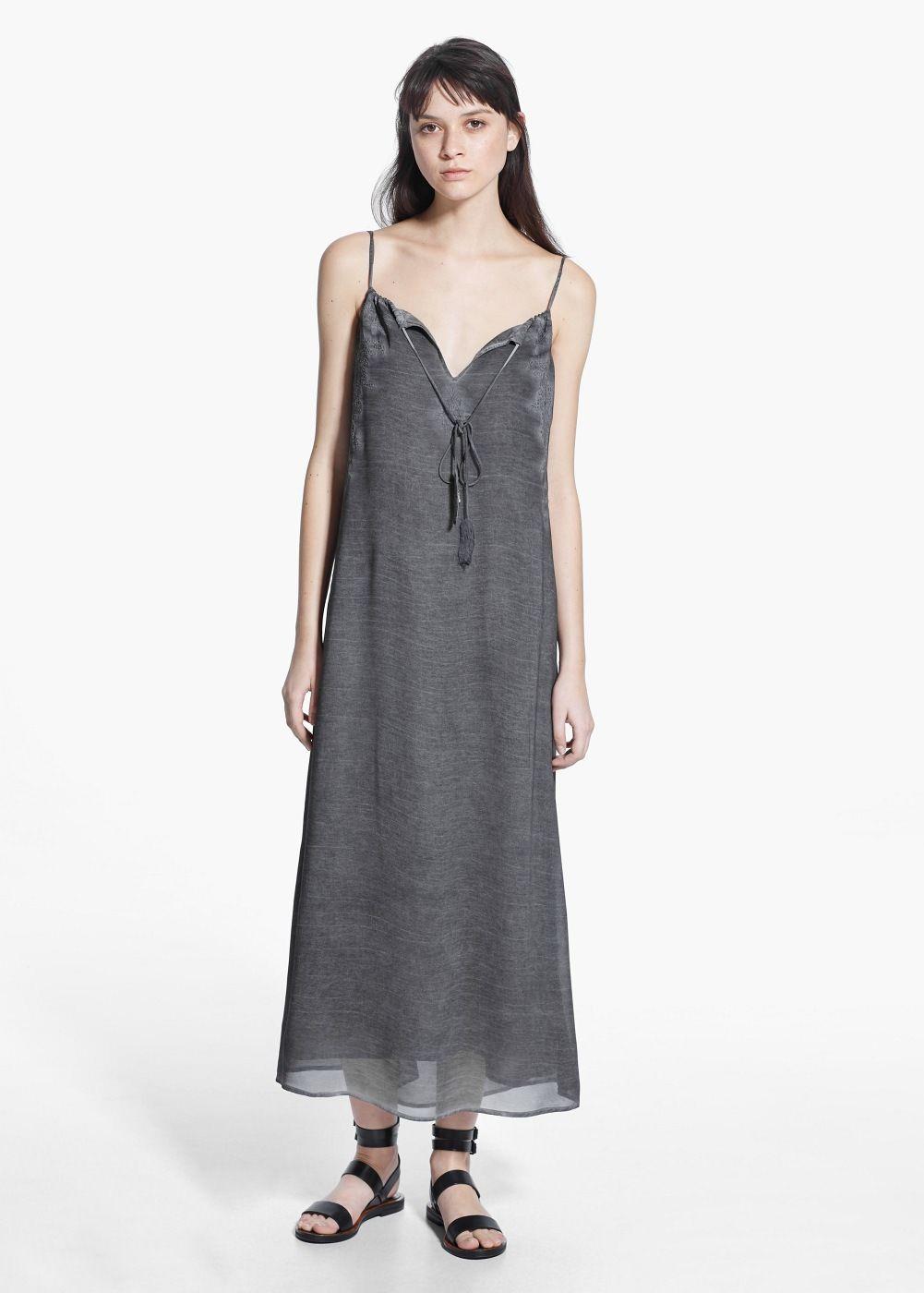 Vestido muesca bordados