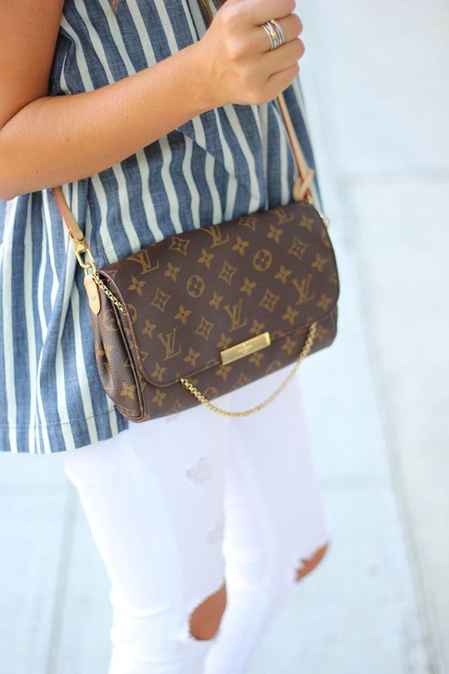 Louis Vuitton Favorite Mm Clutch In Monogram I Love