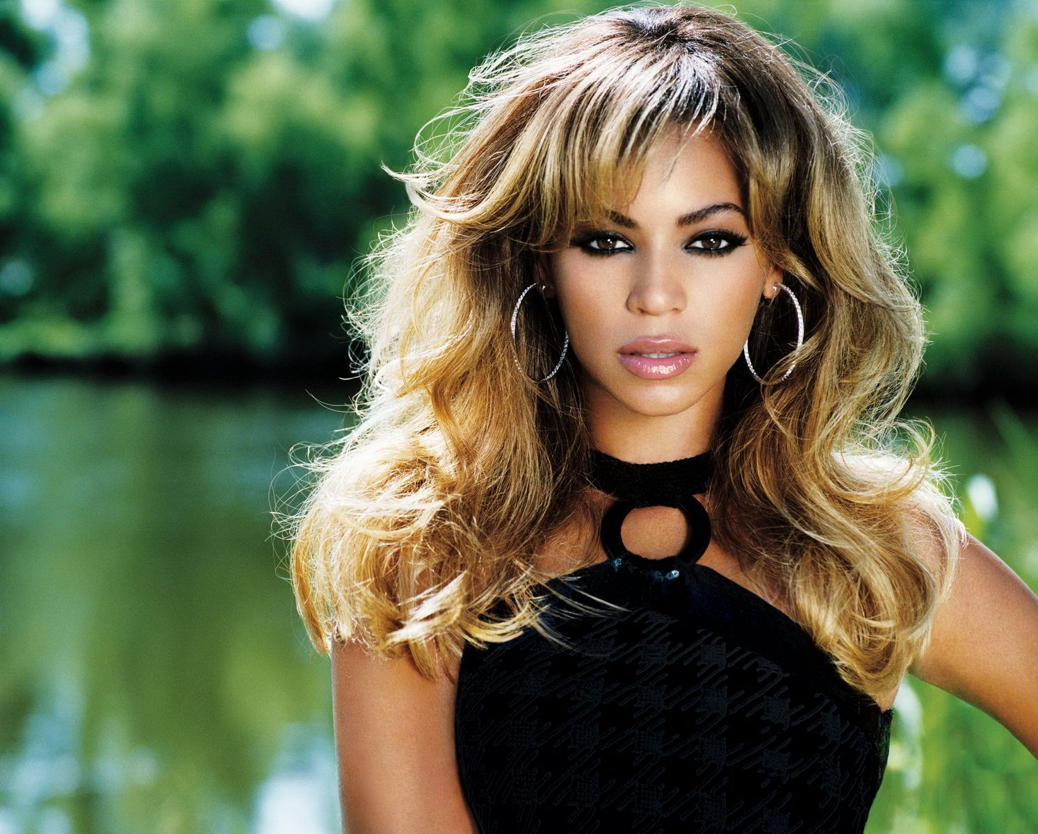 Beyonce - B Day photoshoot. | Beyonce Knowles | Pinterest