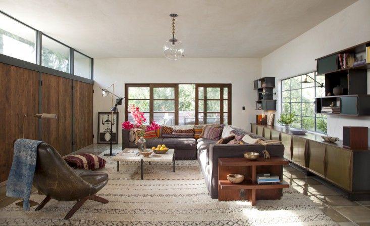 Commune Carnation Living Room photography Amy Neunsinger - wohn schlafzimmer einrichten