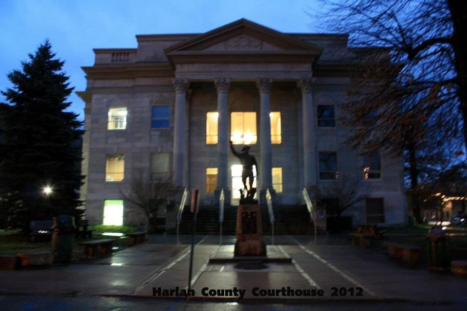 Harlan Ky Court House Harlan County My Home Courthouse