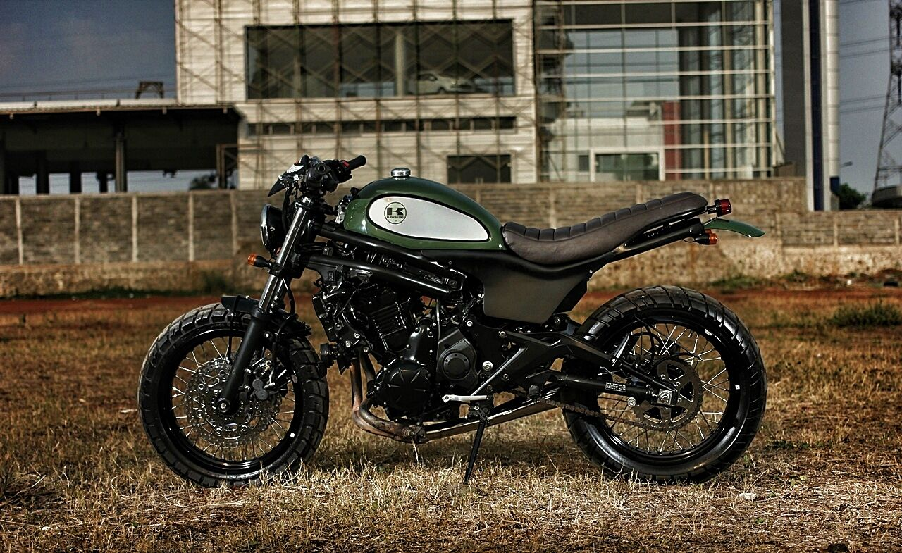 the vary kawasaki er6n scrambler everything is better with knobbies pinterest scrambler. Black Bedroom Furniture Sets. Home Design Ideas