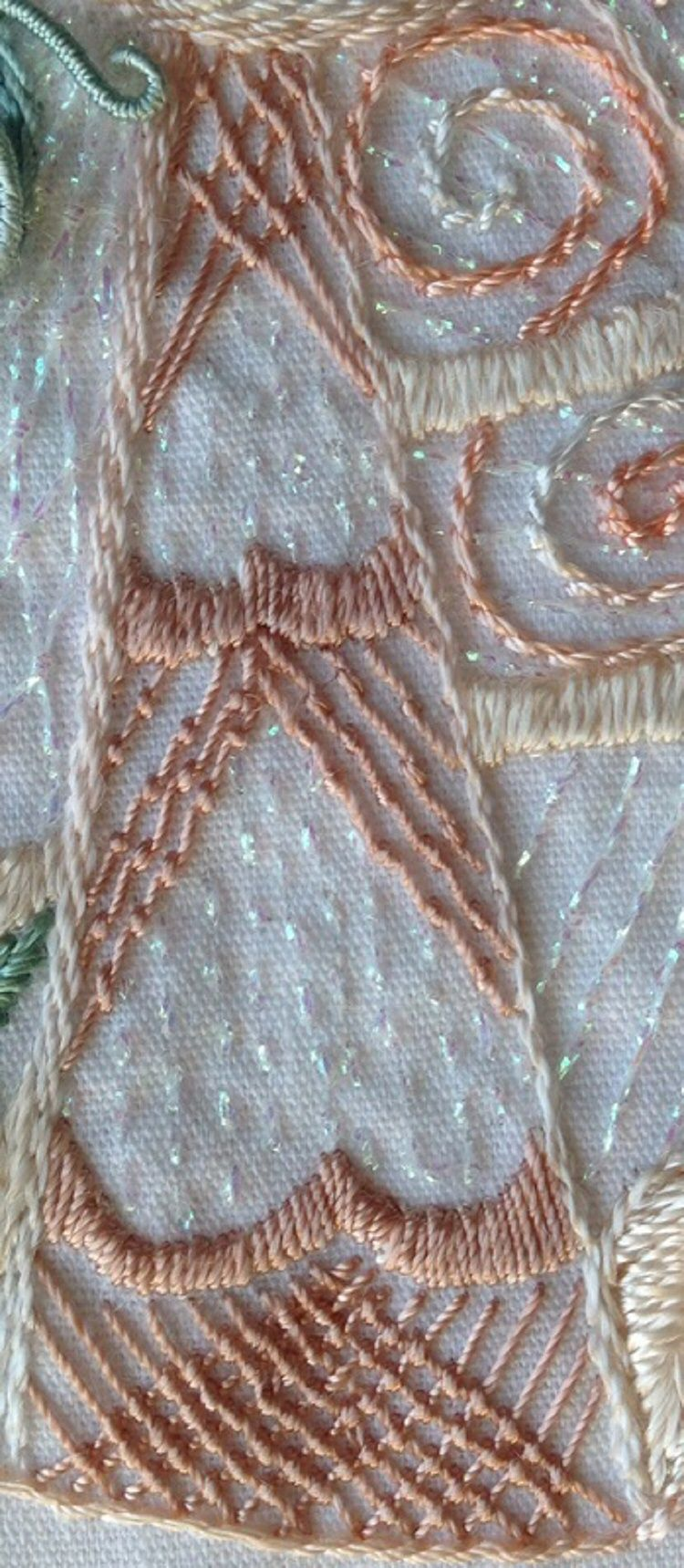 I ❤ embroidery . . . The Damask Stitch Tutorial~ An example of the Damask stitch used in the 'Elegant' Pattern.