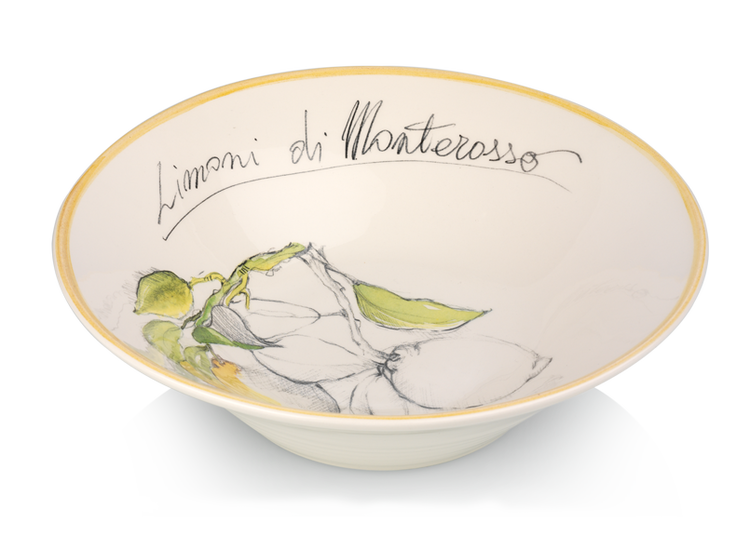 The Limoni Salad bowl is the perfect addition to any table this #Easter. Produced in Civita Castallane, near Rome this authentic, handmade Italian salad bowl is a stunning addition to your summer tablescape! Made exclusively for Oil & Vinegar it is dishwasher and microwave proof.