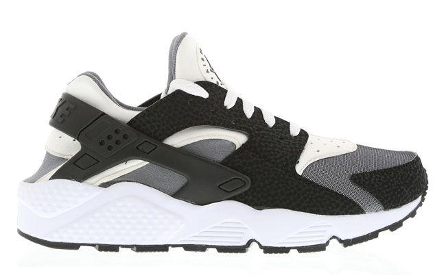 "Nike Air Huarache ""Black, White & Pure Platinum """