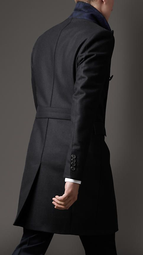 b6c09d383116 Moncler, Burberry Dress, Top Coat, Gentleman Style, Men Dress, Fashion