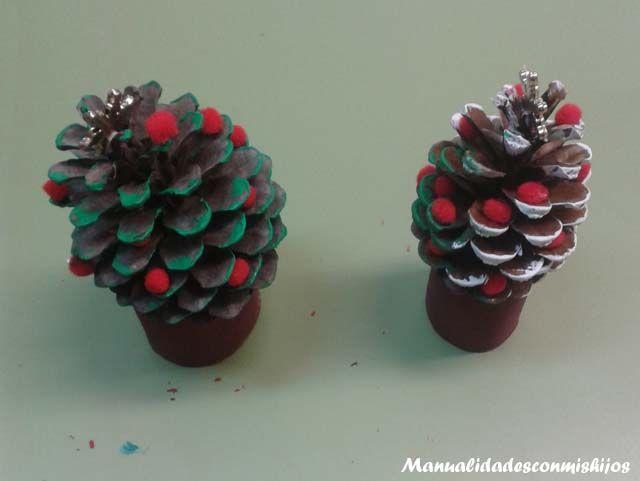 Pi as para adornar la navidad manualidades facilisimas pinterest adornar pi as pintadas y - Pinas decoradas para navidad ...