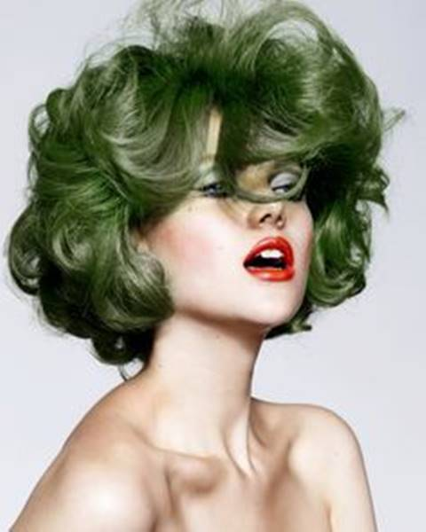 Pin By Lili Irdu On العناية بالشعر Olive Hair Olive Hair Colour Green Hair