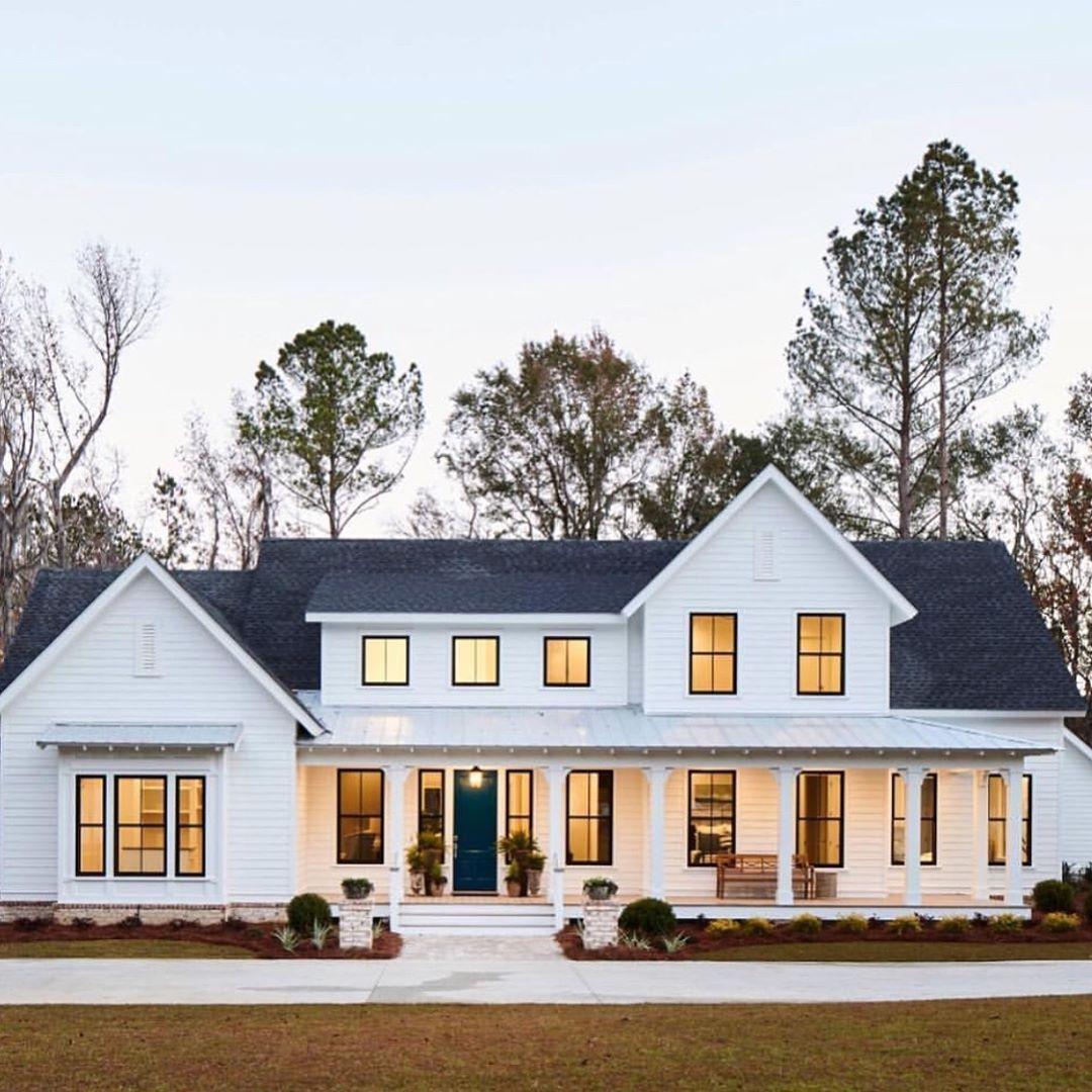 G G Design And Restoration On Instagram I Still Love The Classic White Farmhouse My Last W House Designs Exterior House Plans Farmhouse Dream House Exterior