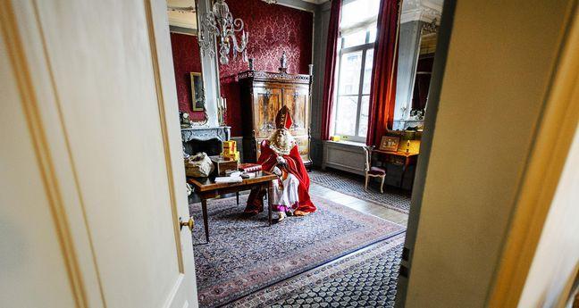 Jumbo: 'Sint en Piet zijn gewoon welkom' | Metronieuws.nl #sintenpiet