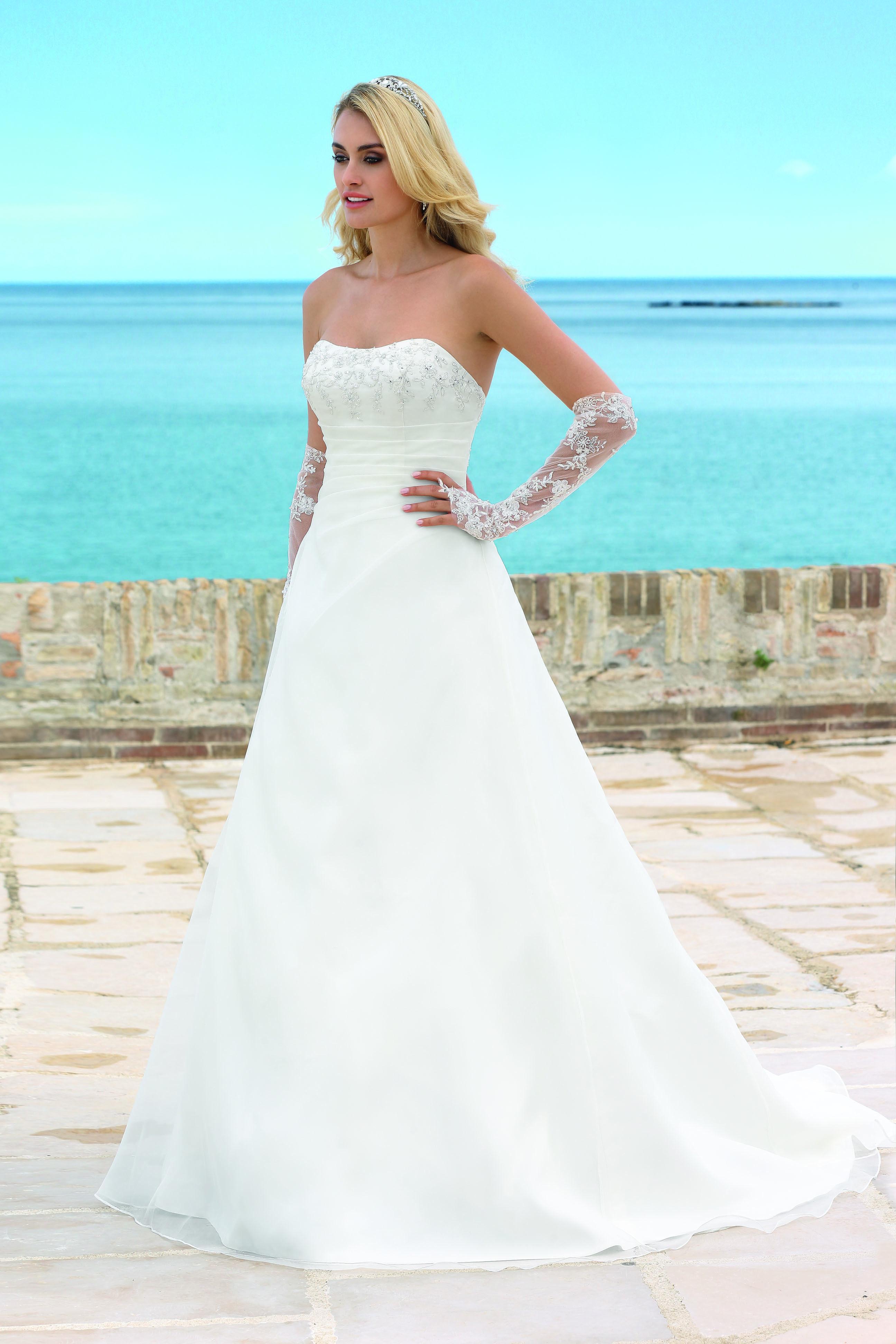 Ladybird 2014 Modell: 74024   Wedding/bridesmaid dresses/shoes ...
