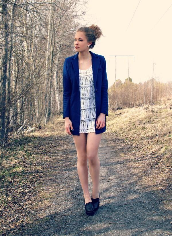 wool coat/crochet.