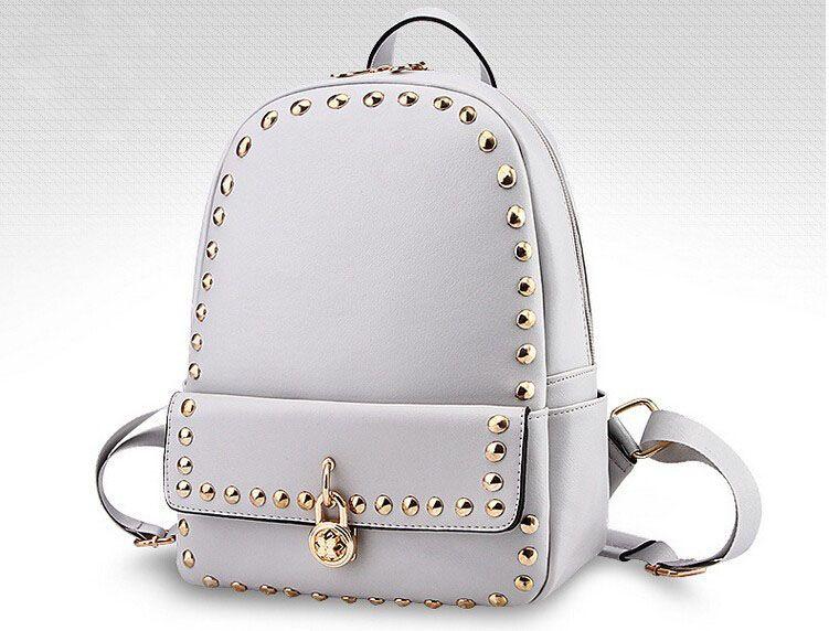 6390f05a8eef Dámsky školský ruksak s vybíjaním vo farbách. Krásny dámsky ruksak Vás  zaujme svojom vzhľadom