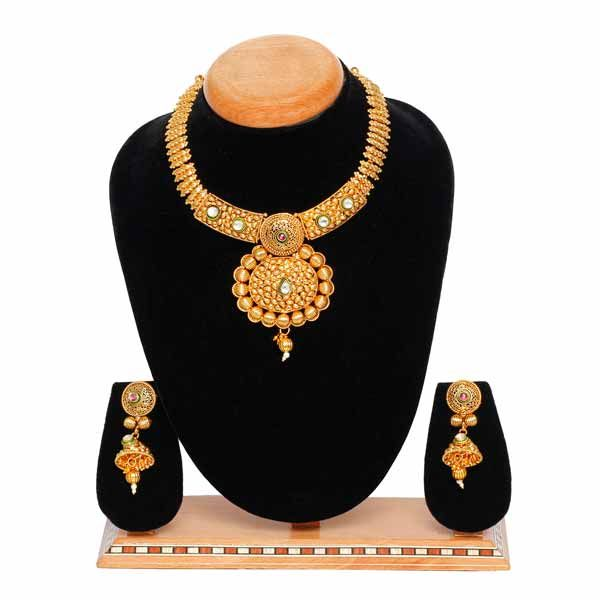 Aaishwarya Stunning Golden Necklace Set. Product Link: http://bit.ly/2viMwnt #necklaceset #goldennecklaceset #ethnicjewellery #fashionjewellery