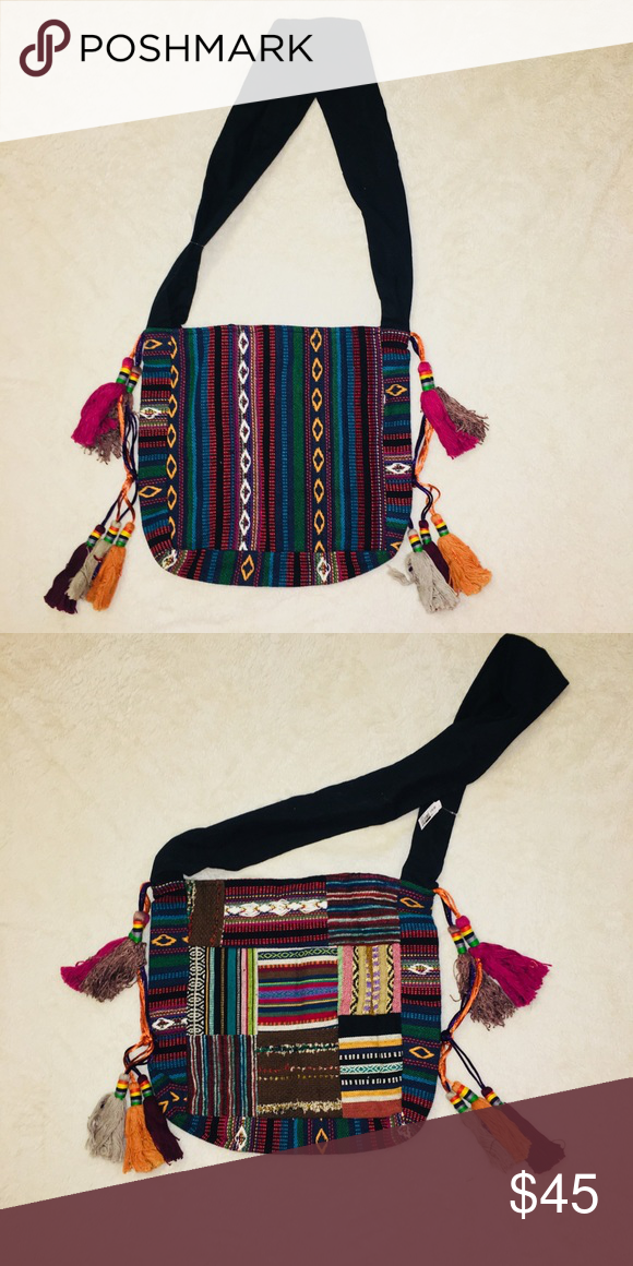 Embroidered Patchwork Boho Canvas Shoulder Bag 📌 Handcrafted Boho Canvas Shoulder  Bag 📌 Magnetic closure 📌 Made in India 📌 Never used. No damage. f88bac148a87f