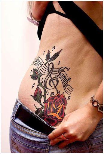 Levantou-se com Música, Desenho de Tatuagem no Quadril