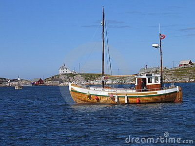 Old Wooden Sailboat By Mettesd Via Dreamstime Old Sailboats