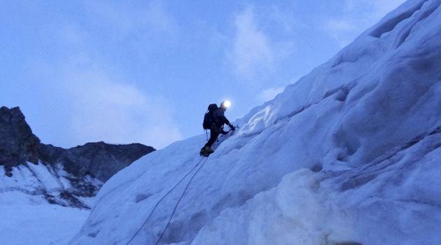 Escalada en el glaciar Dome, Alpes