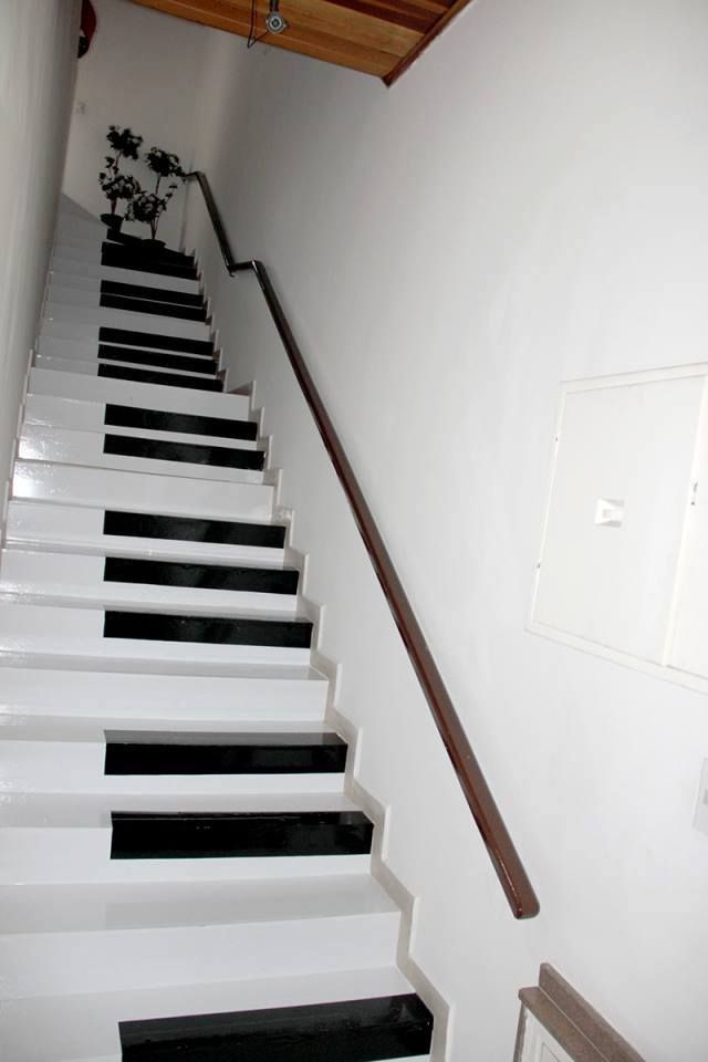 Best 25 Funky Ways To Bring Your Staircase Back To Life Stair 400 x 300
