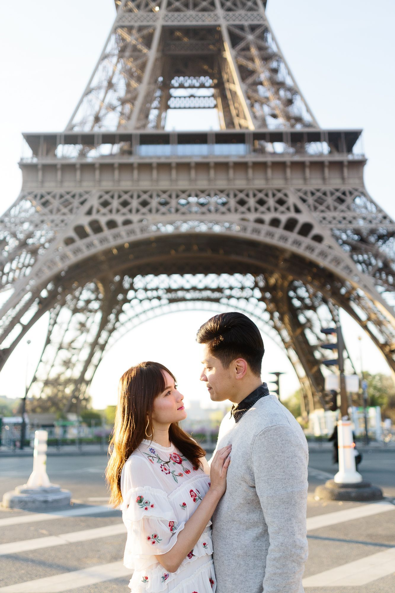 Paris Engagement Eifell in love with
