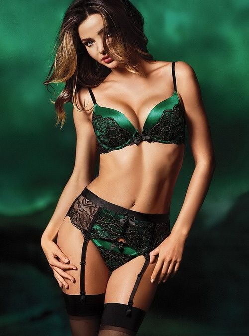 b5227c16d14 dark green lingerie