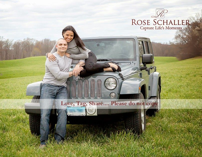 Engagement photos with a jeep in the hudson valley ny