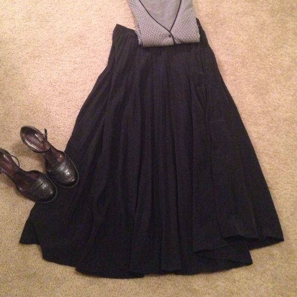 Sag Harbor long black full pleated skirt Gorgeous jackknife pleat full skirt. Sag Harbor Skirts Circle & Skater