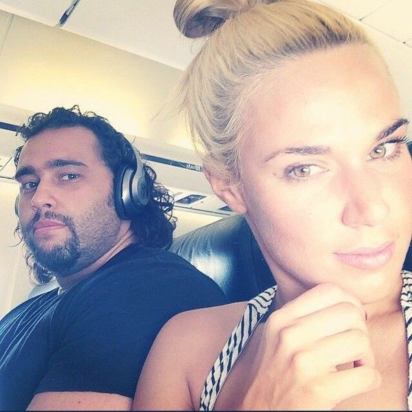 Top 10 happiest WWE couples in real life - Sportszion