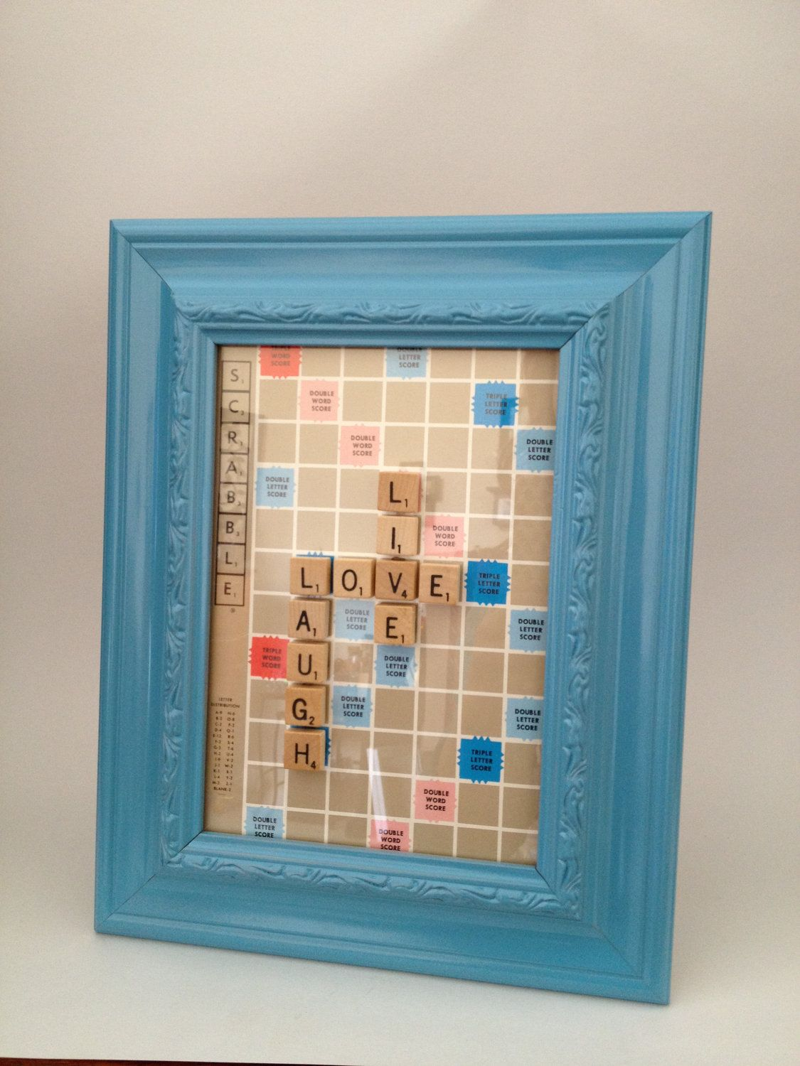 scrabble tile picture frame live love laugh christine 39 s pins pinterest sch ne schrift. Black Bedroom Furniture Sets. Home Design Ideas