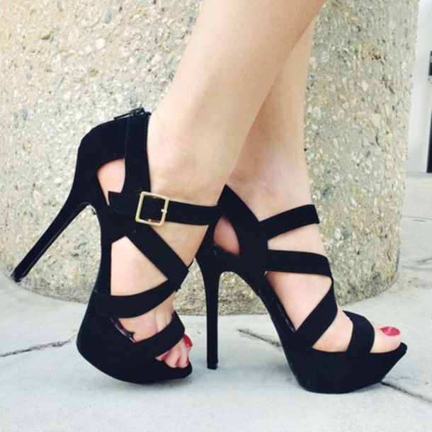 There is 0 tip to buy these shoes: pretty beautiful black high heels black  high heels.