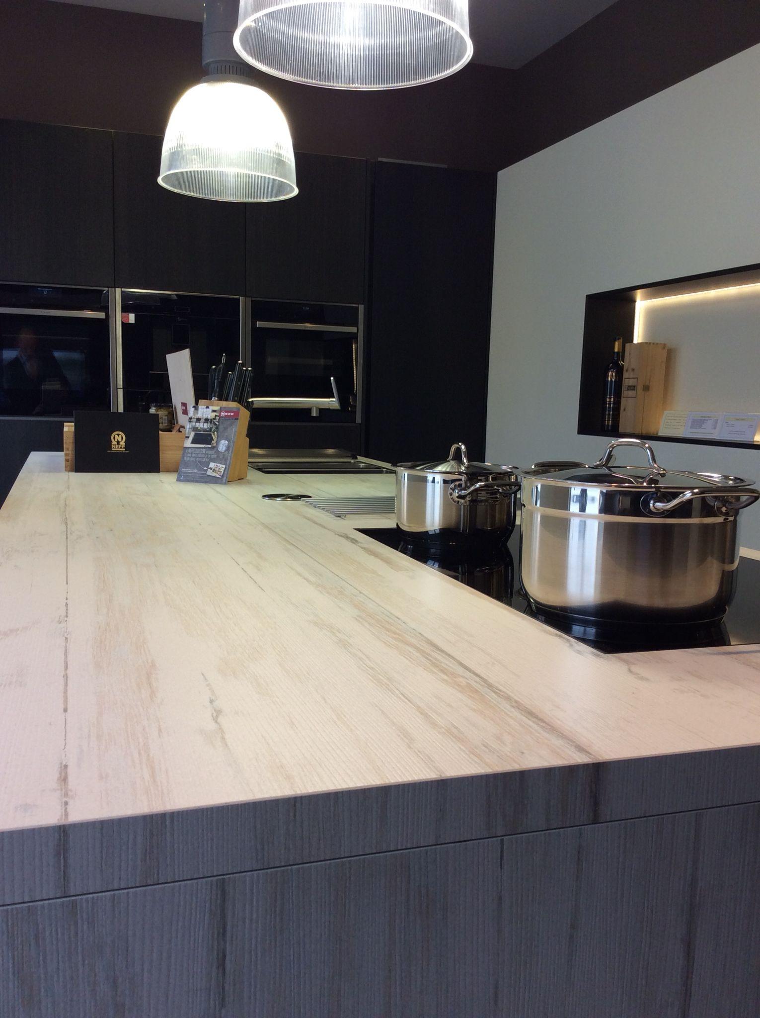Cocina en Makai. Contactanos a ventas@canterasdelmundo.com www ...