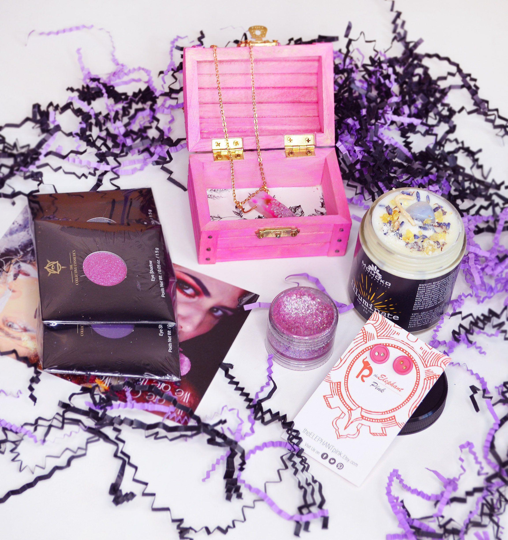 Makeup Gift Box Mystery Box Makeup Pink Jewelry Box Vegan Etsy Pink Jewelry Box Mother Daughter Gifts Makeup Box