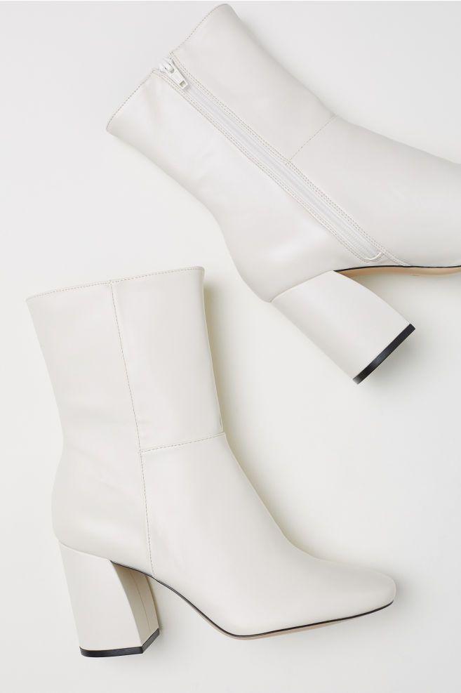 White gogo boots, White heel boots