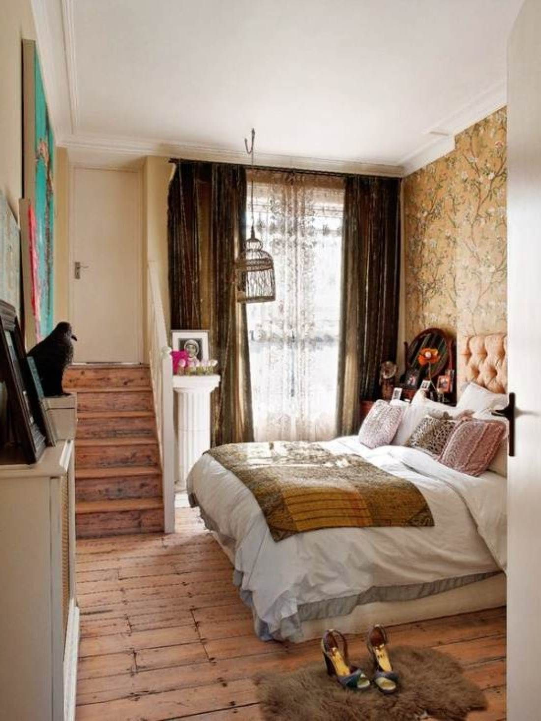 Elegant And Chic Bedroom Designs For Women