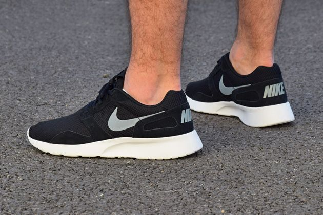 7b3a2dcae9bf6 Nike Kaishi Black White-Silver. A little more nuanced than the Roshes.