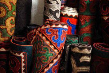 Shydrak Felted Rugs From Kyrgyzstan Felt Objects Design Rugs